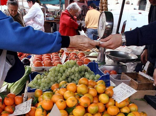 Inflazione, Istat:ad aprile accelera a +1,8% su anno;+0,3 su mese
