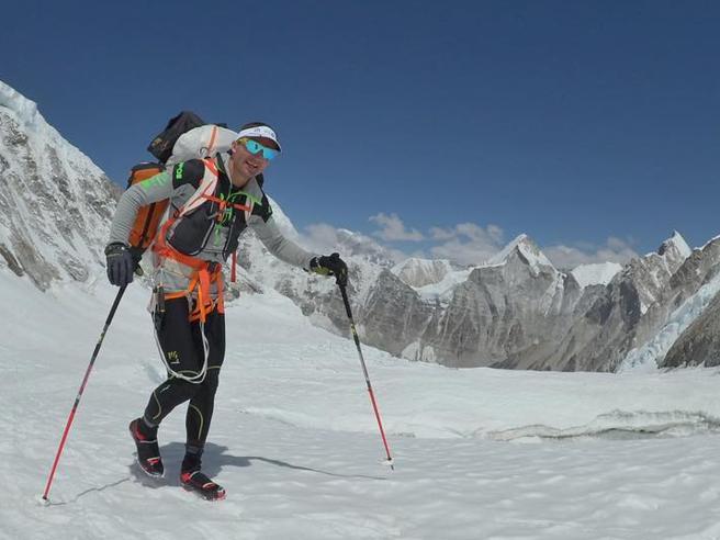 Everest:  muore Steck, scalatore campionedi velocità Immagini|Video