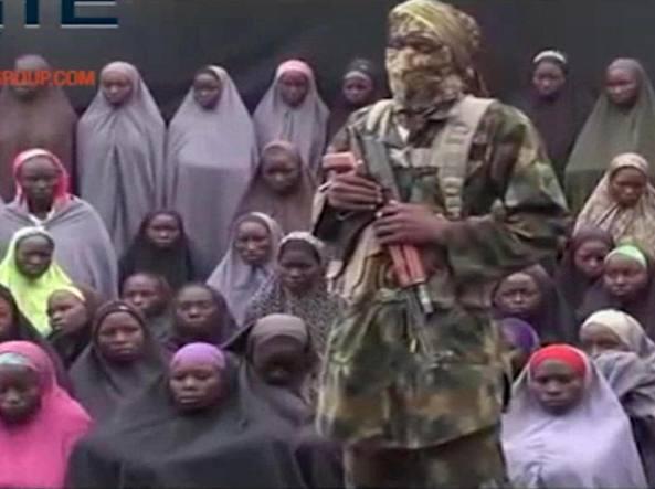 Alcune delle ragazze rapite in un video diffuso nel 2014 da Boko Haram