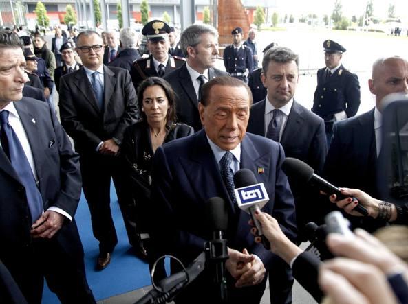 France en marche Macron presidente: la lezione per Renzi e Berlusconi