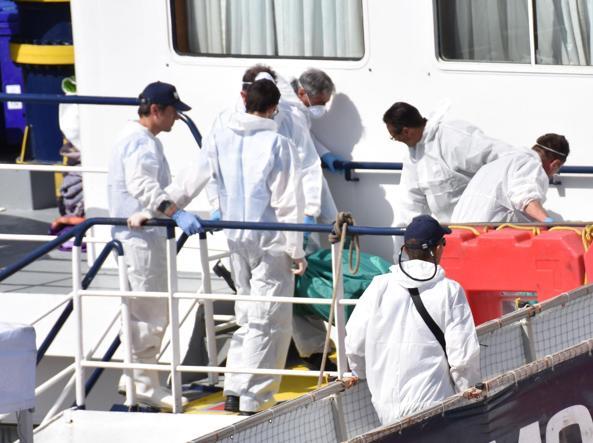 Migrante ucciso per cappello, scafista fermato a Catania. Era su nave Ong?