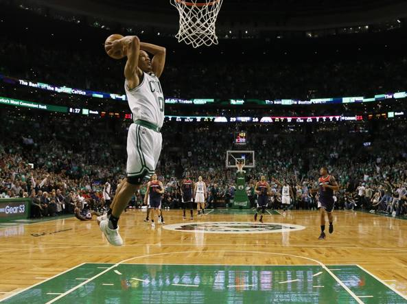 Nba, i Celtics vincono a Washington e tornano in testa