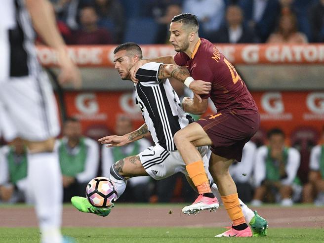 Scudetto rinviato, la Romarovina la festa alla Juve PagelleTotti entra e gioca due minuti