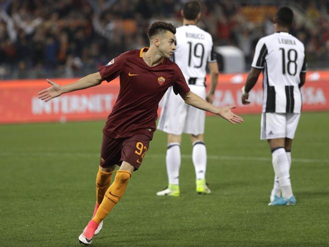 Scudetto rinviato: la Roma rovina la festa alla JuventusTotti entra e gioca  due minuti