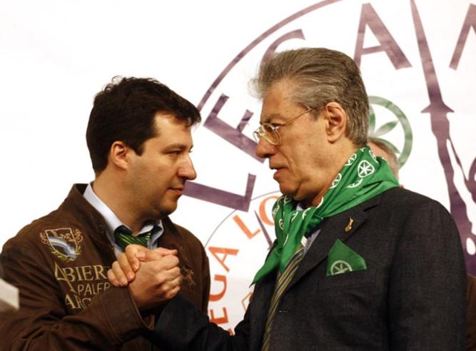 Salvini avverte Maroni e  liquida Bossi: «Vuole andare via?    Io non lo trattengo» Video