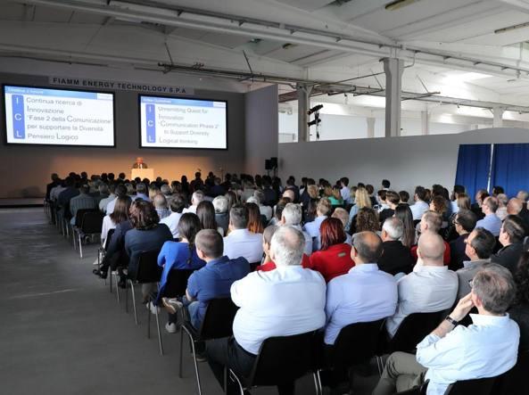 Il neo presidente di Fiamm Energy Technology, Misao Nakagawa all'incontro con i dipendenti italiani