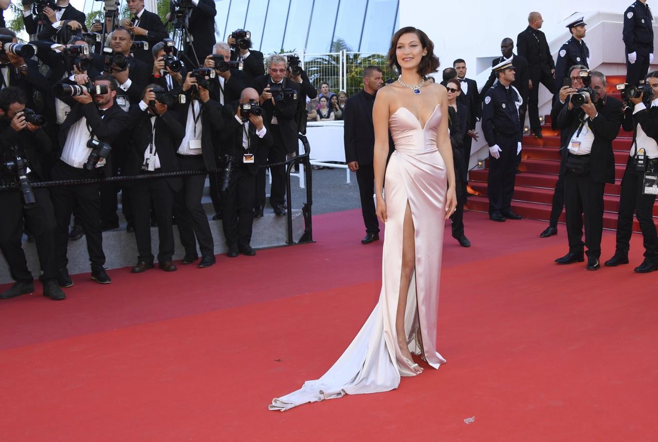 Cannes 2017 red carpet l arrivo dei divi sulla croisette for Salone cannes 2017