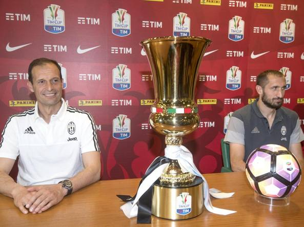 Allegri e Chiellini, alla vigilia della finale di Coppa Italia (Ansa)