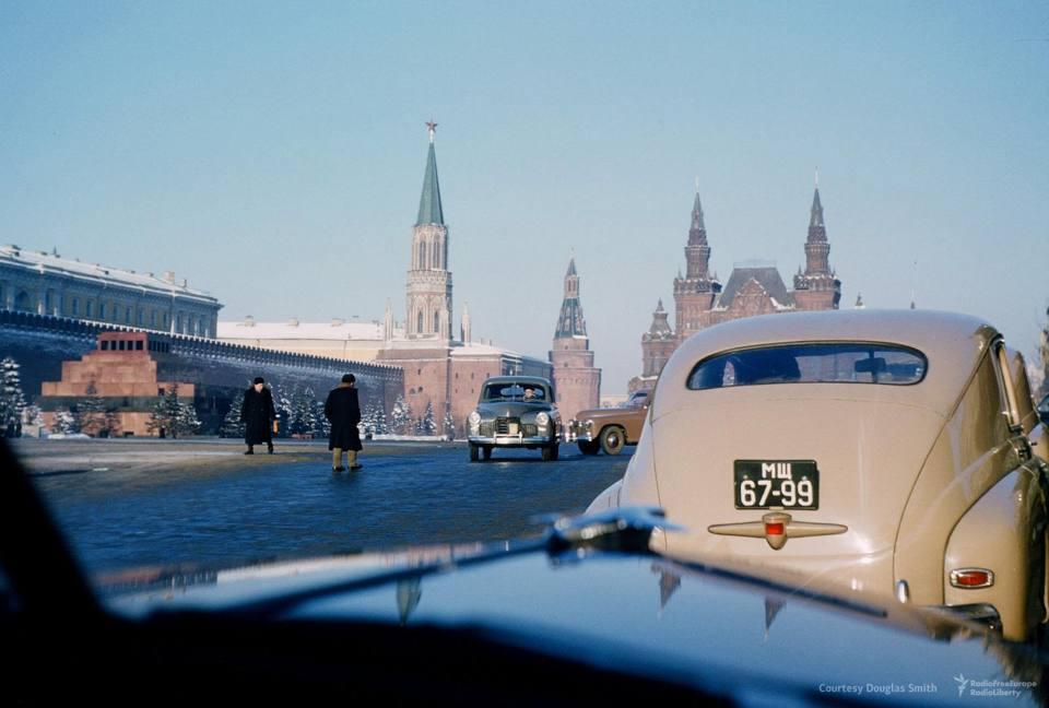 In auto sulla piazza Rossa