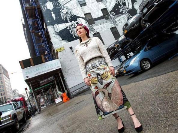 Jayde Fish a New York, davanti al murale in Lafayette street realizzato per Gucci