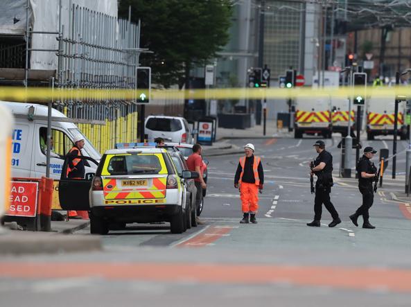 Attentato a Manchester, lo United annulla la conferenza stampa