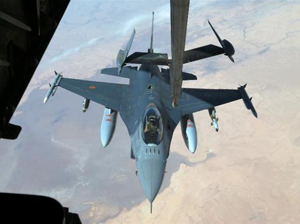 Isis, raid Coalizione internazionale a guida Usa in Siria uccide 42 bambini