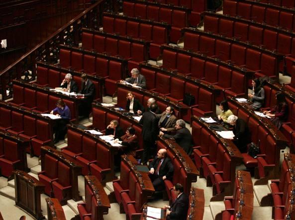 Vitalizi gli ex parlamentari testo un obbrobrio colpo for Vitalizi dei parlamentari