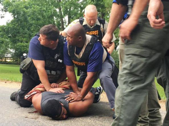 Sparatoria in Mississipi, otto morti. Fermato un sospetto