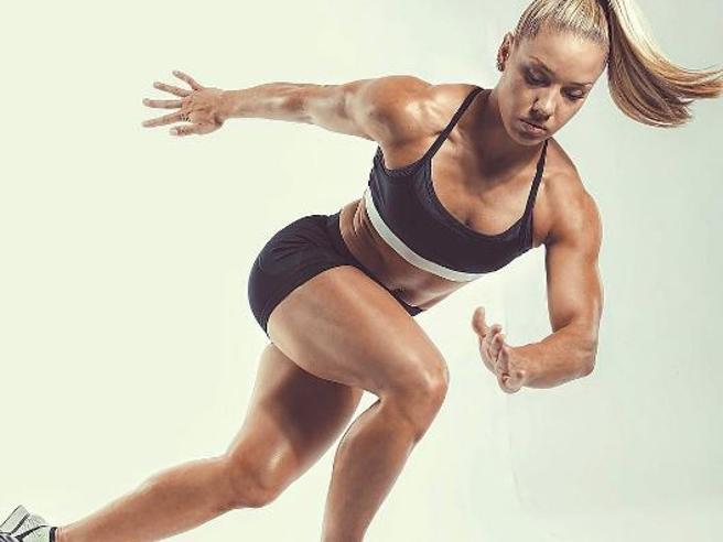 Da magre a «forti»: come il fitness sta rimodellando il corpo femminile, ma puಠessere una nuova dipendenza