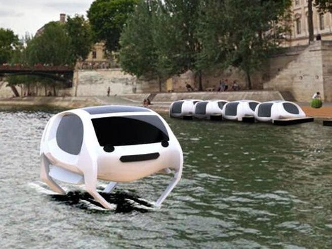 SeaBubbles, la barca volante elettrica che fluttua sulla Senna di Parigi