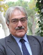 Marcello Flores (Padova, 1945) ha insegnato Storia contemporanea e Storia comparata all'Università di Siena. È direttore scientifico dell'Istituto nazionale Ferruccio Parri