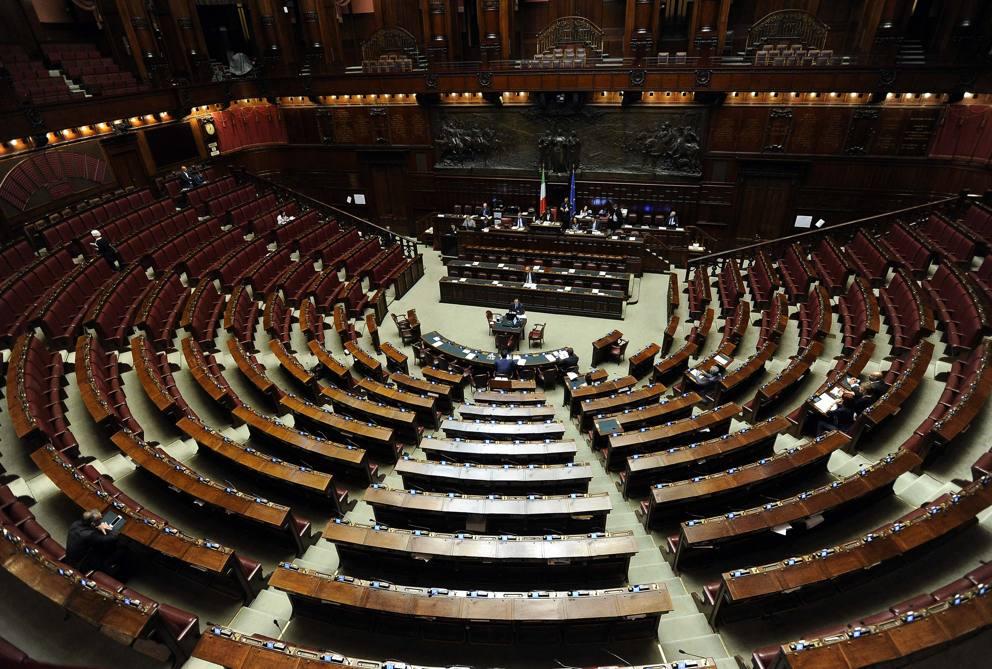 legge elettorale alla camera in aula meno di 20 deputati