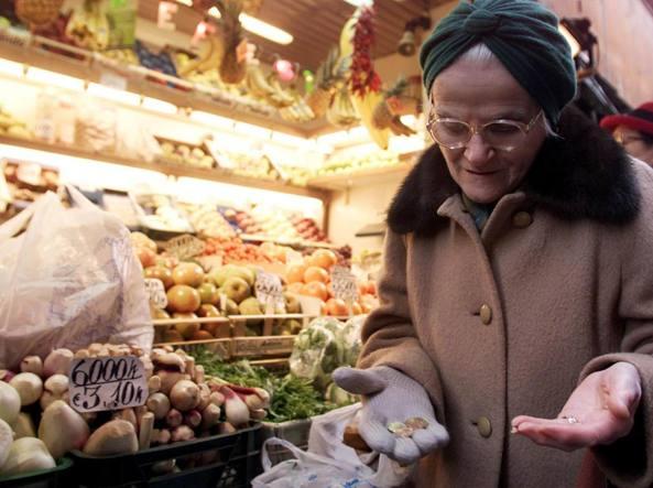 Salute, 12 milioni di italiani non si curano per motivi economici