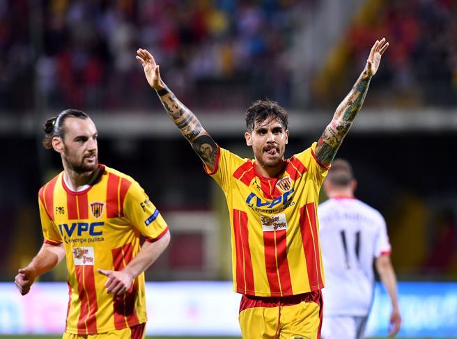 Playoff Serie B: Benevento promosso in Serie A, battuto il Carpi