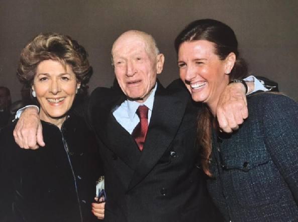 Bernardo Caprotti , morto nel 2016, con la moglie Giuliana Albera e la figlia Marina