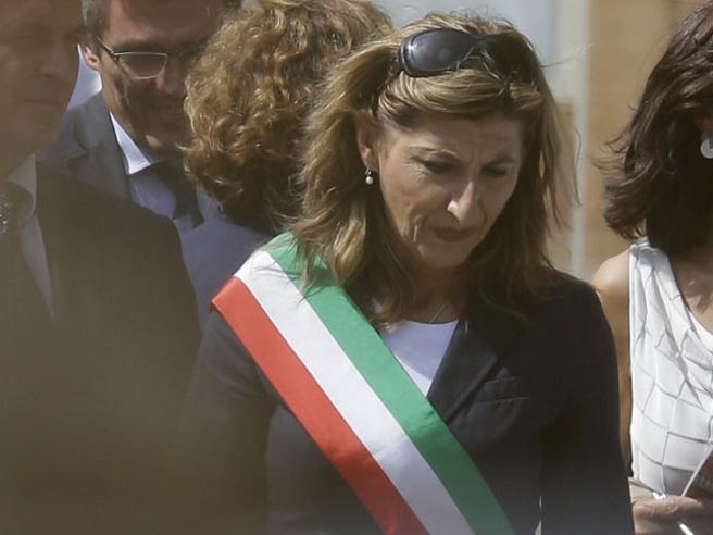 Lampedusa, Nicolini sconfitta Il nuovo sindaco Martello: sull'accoglienza cambio tutto