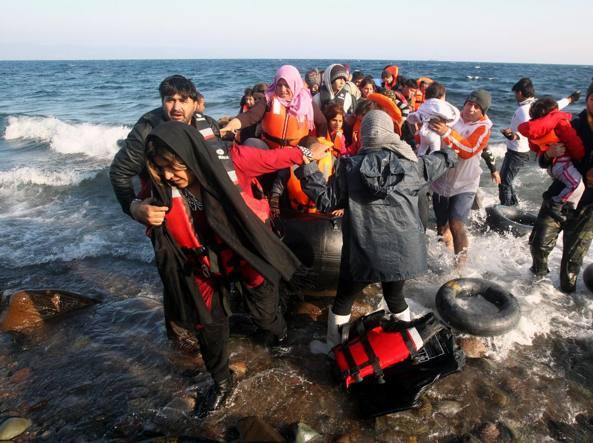 Polonia a Ue: illegali le sanzioni per il no a quote rifugiati