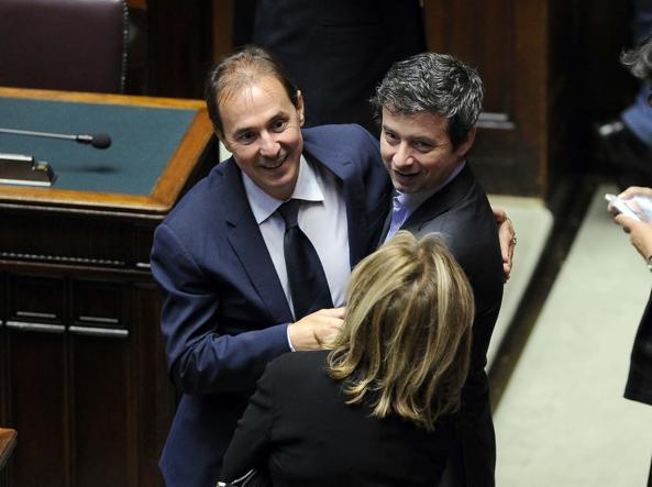 Angelo Rughetti con Andrea Orlando il giorno della votazione del ddl su riforma penale (LaPresse)