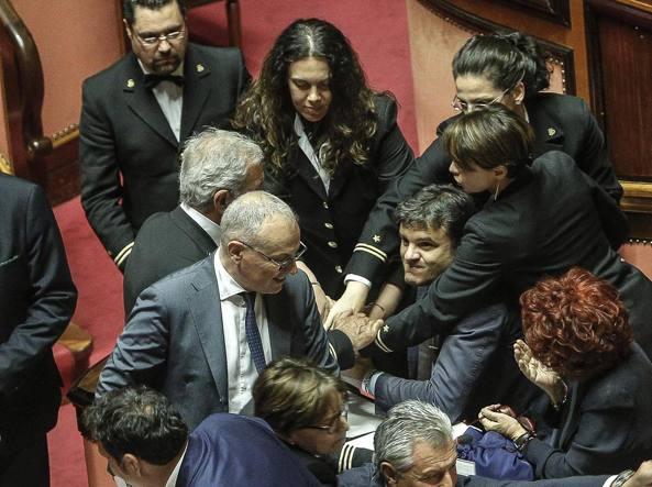 La ministra Fedeli, a destra nella foto (Ansa/Lami)