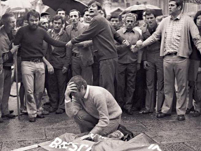 Piazza Loggia a Brescia: 10 morti, 11 processi e 43 anni per la verità