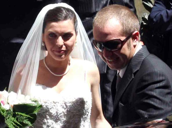 Lucia Riina, la figlia minore del capomafia Salvatore Riina, e il marito Vincenzo Bellomo il giorno delle nozze, il 23 luglio 2008 (Ansa)
