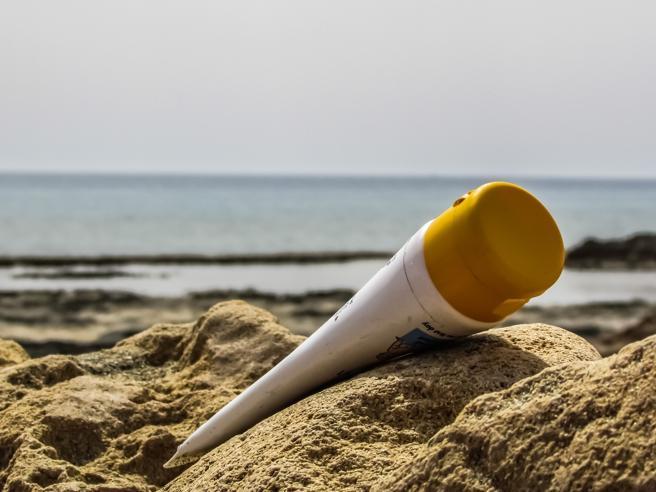 Crema solare, 7 occasioni insolitein cui andrebbe usata (e non lo si fa)