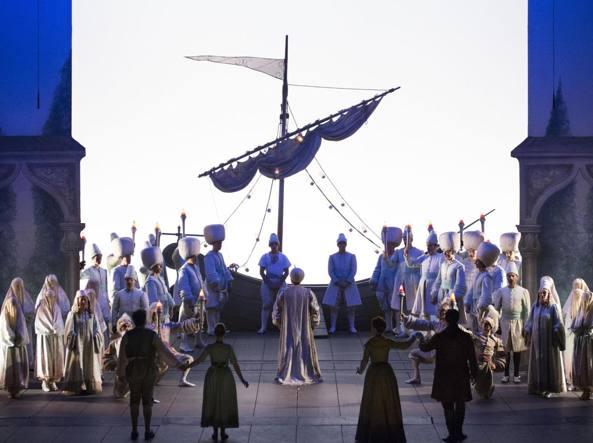 Il finale del «Ratto dal serraglio» alla Scala (Ansa)