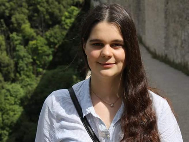Maturità, Carlotta: «Ho scelto Caproni perché mi hanno catturata i suoi versi»|Poesia