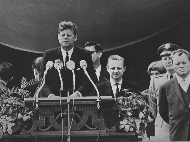 «Così suggerii a JFK la frase Io sono berlinese»