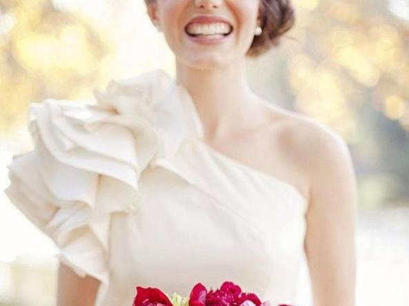 Sorso, la sposa abbandonata sull'altare diventa star del web