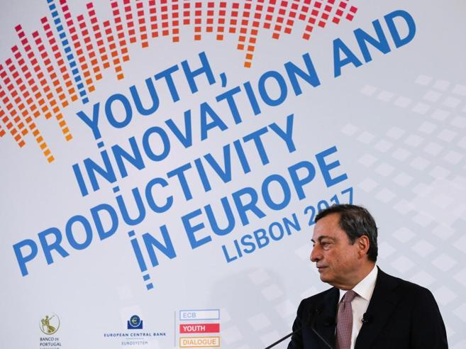 Draghi: gli anti-euro ora più deboliMa sul salvataggio l'Europa si divide