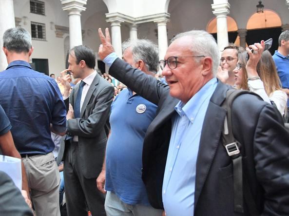 Ballottaggi: vittoria schiacciante del Centrodestra, Pd ammette sconfitta