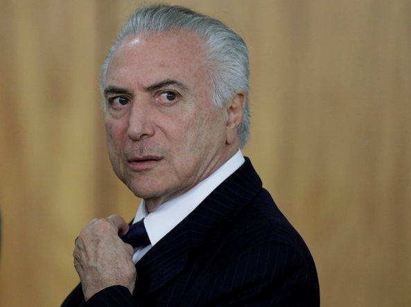 Brasile: Temer accusato di corruzione