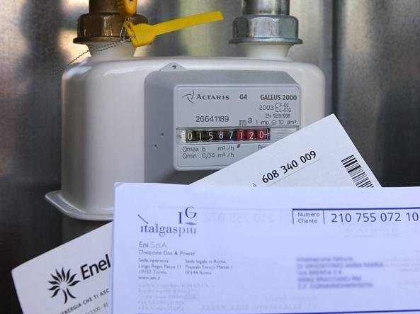 Energia: bollette, da 1° luglio elettricità +2,8%, gas -2,9%