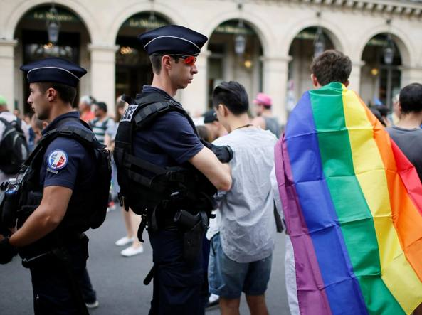 In centinaia al corteo del Gay Pride