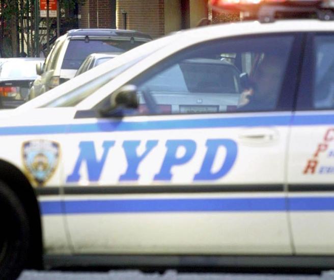 Medico licenziato spara nel suo ex ospedale a New York:  un morto, 6 feriti Foto|Video