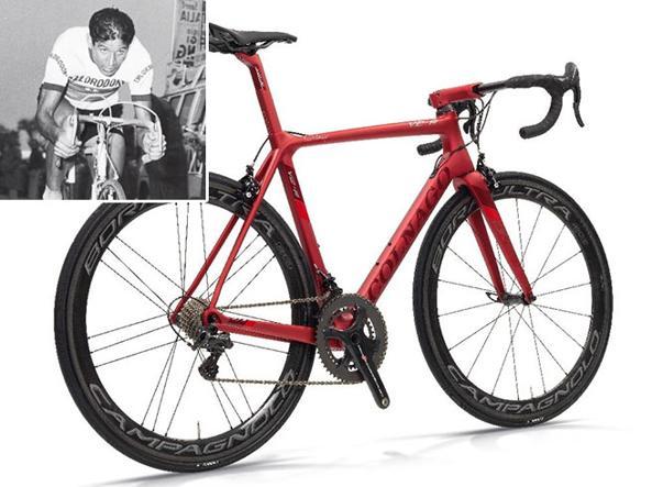 La nuova V2-r prodotta da Colnago e nel riquadro Gastone Nencini nel 1957 quando vinse il Giro d'Italia su una bici realizzata «su misura» da Ernesto Colnago