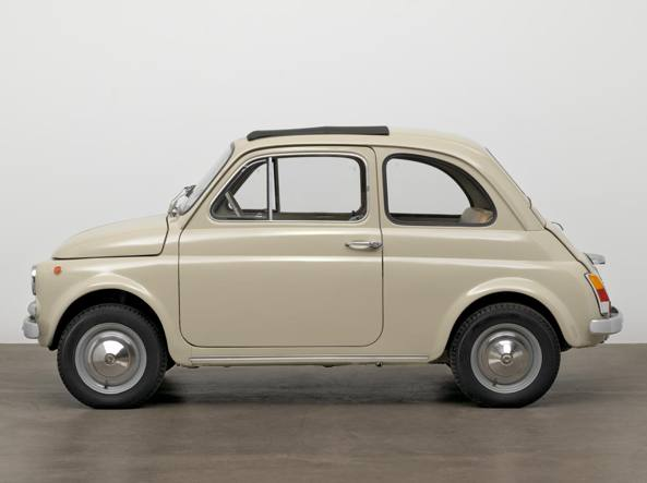L Opera D Arte Fiat 500 Entra Al Moma Corriere It