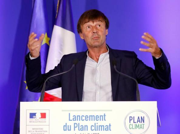 Francia: entro il 2040 illegali le auto inquinanti
