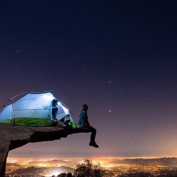 i luoghi più assurdi dove piazzare la tenda: «you did not sleep