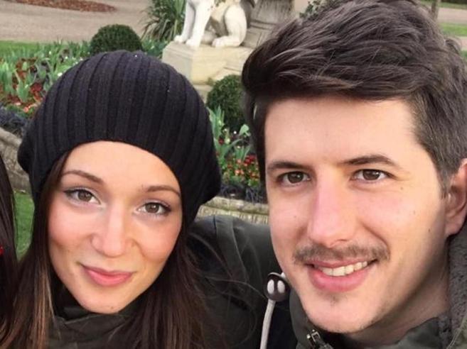 Rogo di  Londra,  Marco  trovato accanto alla fidanzata. L'ultimo abbraccio|Le foto
