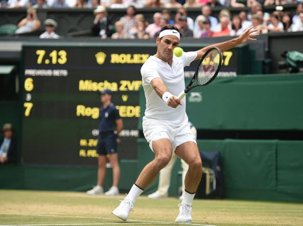 Wimbledon, day 4: Federer e Djokovic avanti, Lorenzi eliminato