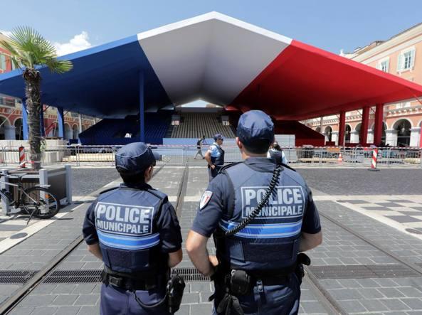 Strage di Nizza, le foto di Paris Match nel giorno del ricordo