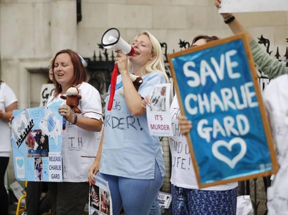Charlie Gard, tutto rinviato: nuova udienza su cura sperimentale